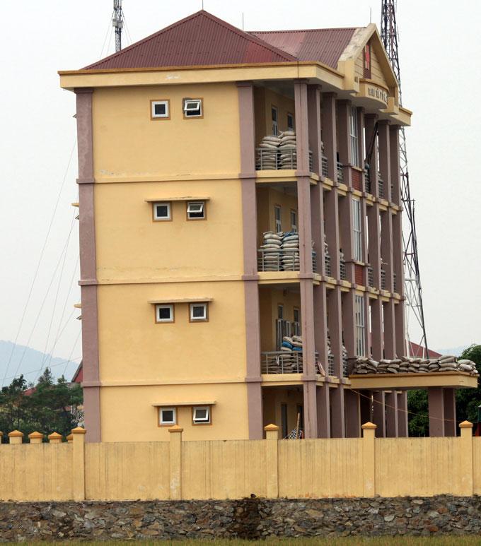 Nha nghieng - trung tâm y tế Hưng Nguyên